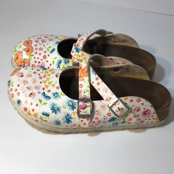 a5a84553ce37 Birkenstock Shoes - Birkenstock Dorian flower print clogs 37 women s 6
